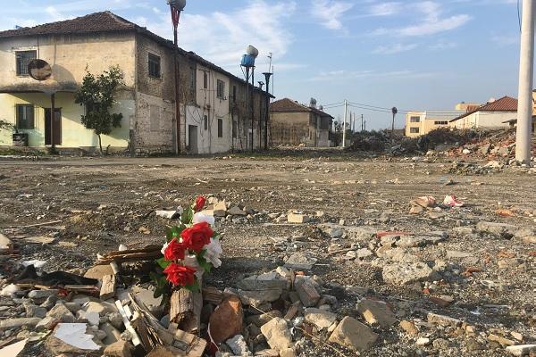 Erdbeben Albanien: Auch drei Monate danach noch dringend ...